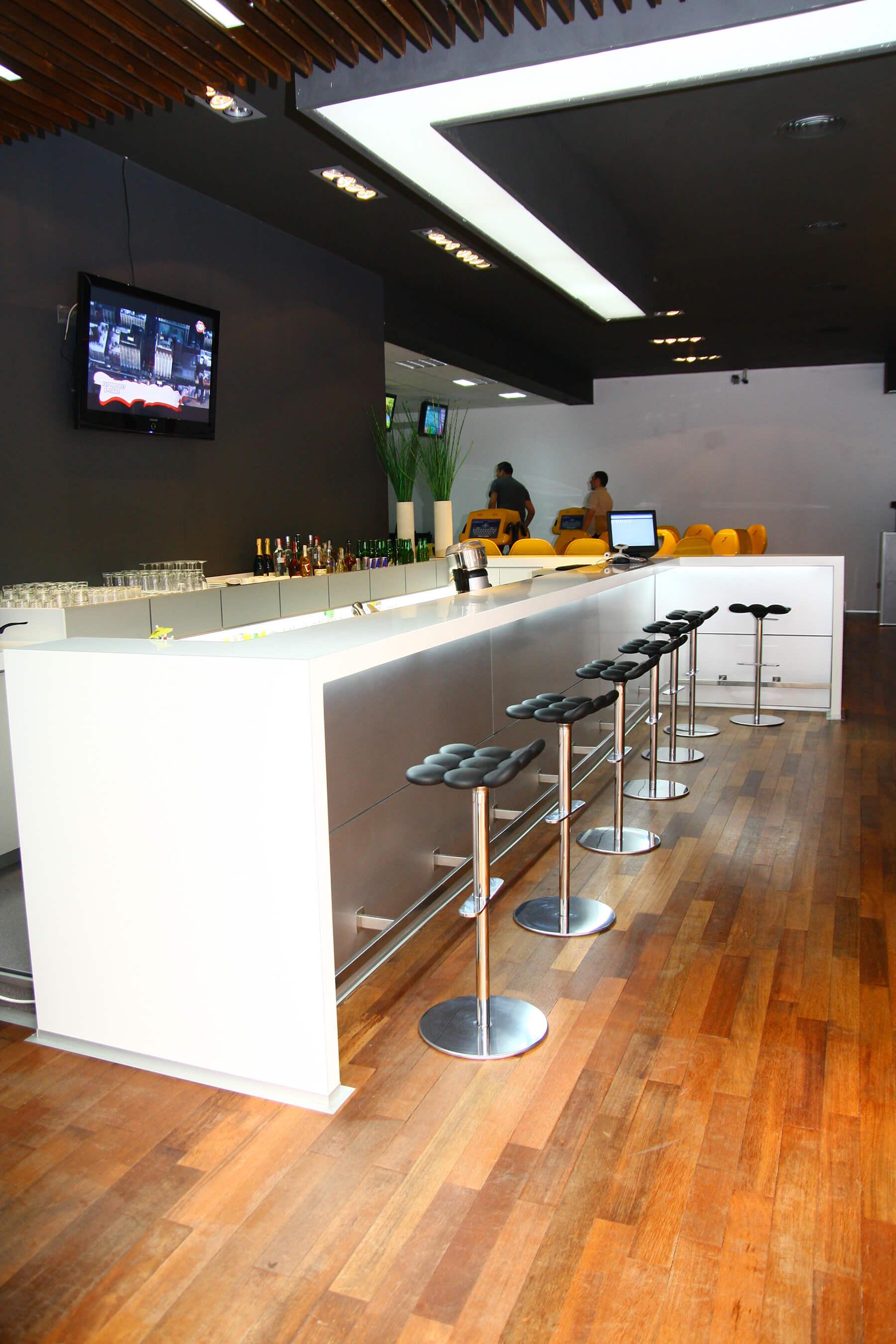 Bowling Cafe Braila 00011